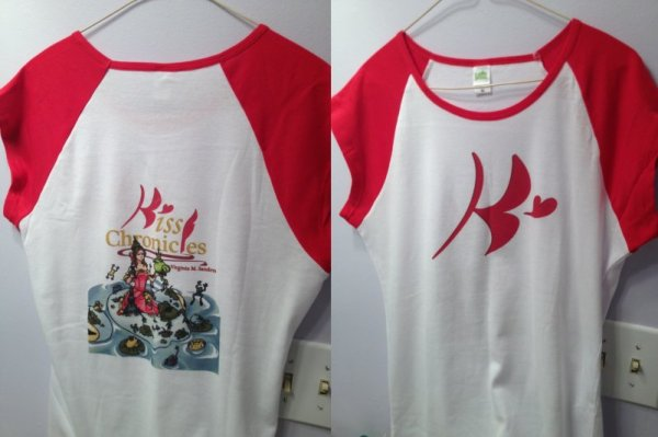 Back and front view of the Kiss Chronicles T-Shirt